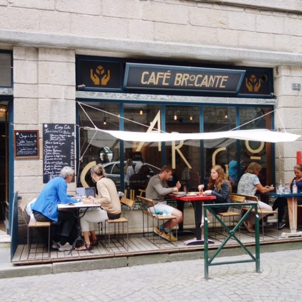where-to-go-in-bretagne-st-malo-cargo-culte-cafe-brocante-front