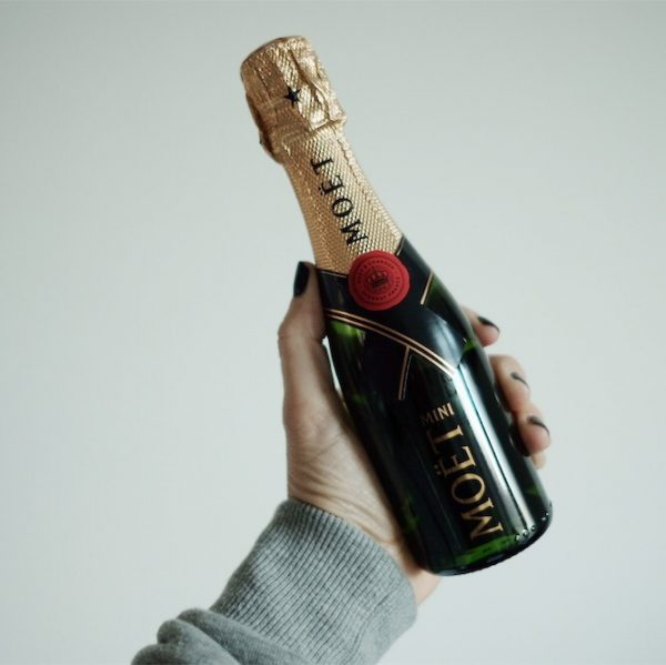 boozy-cadeaus-december-amsterdams-mini-moet