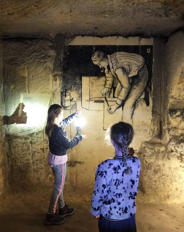 maastricht-highlights-mergel-grotten-kids-tour