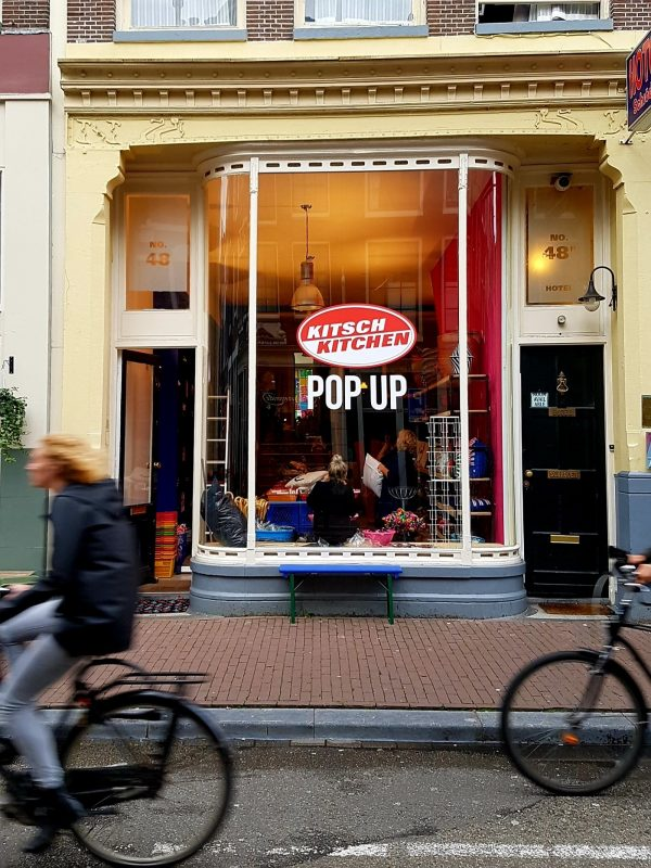 pop-up-shop-amsterdam-Kitsch-Kitchen